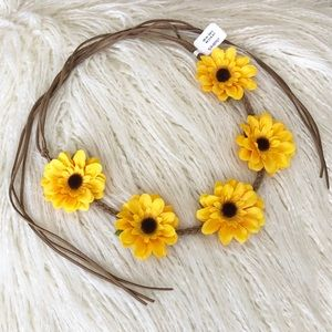 Sunflower Tie Headband from Claire's 🌻🌻🌻